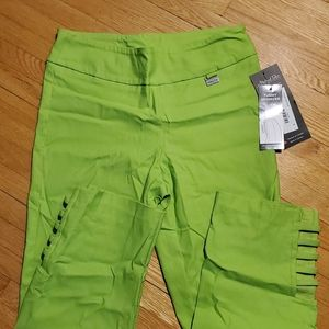 NWT Michael Tyler Collection lime capris